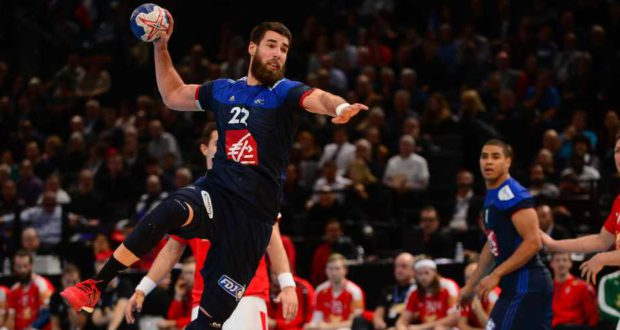 Dans le cadre du dossier commun de candidature constitué par la France, la Belgique et l'Espagne, pour l'organisation de l'Euro 2022 de handball, l'Eurométropole de Strasbourg a été retenue par le bureau directeur de la Fédération Française de Handball comme lieu d'accueil de matches de tour préliminaire de l'Euro 2022 de handball masculin.