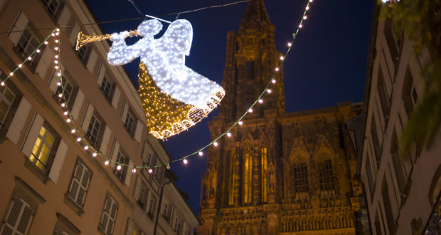 À quelques jours du lancement du marché de Noël de Strasbourg, qui se tiendra du 24 novembre au 30 décembre, nous vous présentons le programme de cette soirée inaugurale au coeur de la capitale de Noël.