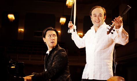 Le violoniste Aleksey Igudesman et le pianiste Hyung-ki Joo sont deux virtuoses, deux musiciens de très haut niveau. Ils se produiront au Palais de la Musique et des Congrès le 31 décembre, à 20h et 1er janvier à 17h, à l'occasion du spectacle A Big Nightmare Music.