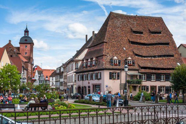 La ville de Wissembourg recrute un technicien du spectacle spécialisé lumière (H/F), pour une prise de fonction en date du 1er juin 2018. À vos CV !