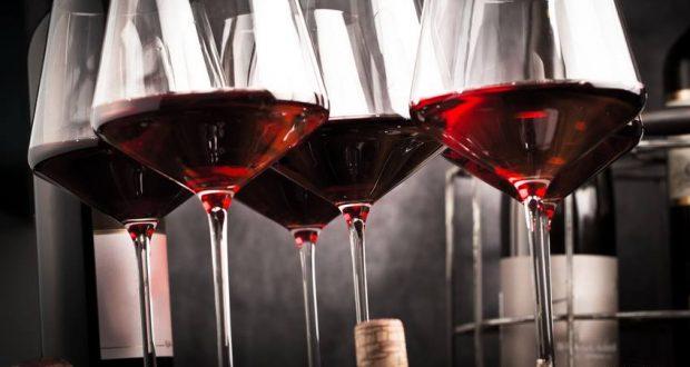 """Happycurien, spécialisédans la vente de vins sur internet organise en partenariat avec le restaurant Le Bistrot des Copains une soirée exceptionnelle """"accords mets et vins spéciale Bourgogne"""" le mardi 19 juin à partir de 20h."""