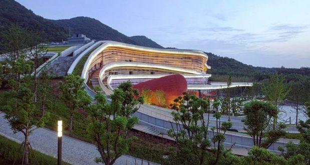Cette année encore la Maison Européenne de l'Architecture - Rhin Supérieur organise son festival trinational Les Journées de l'Architecture dans une vingtaine de villes en Allemagne, en France et en Suisse.