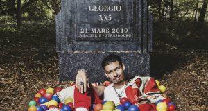 Après le succès de son précédent album Héra ; accompagné d'une tournée (100 dates, un Olympia plein à craquer et tous les gros festivals) et la sortie en novembre dernier de son troisième opus XX5, Georgio fait le tour des salles françaises et débarquera à La Laiterie de Strasbourg le 21 mars.