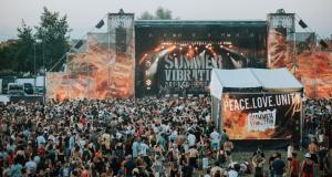 Rendez-vous incontournable de l'été et des amoureux de riddims ensoleillés, le festival Summer Vibration revient, du 25 au 27 juillet aux Tanzmatten de Sélestat, pour une 6e édition aux accents métissés et riche de diversité !