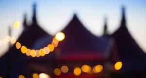 Le Zelt-Musik-Festival est de retour à Fribourg-en-Brisgau pour une 37e édition qui se tiendra du 17 juillet au 4 août. Comme à son habitude, le festival unique en son genre réunira un public nombreux autour d'une centaine de concerts, durant 19 jours, rien que ça !